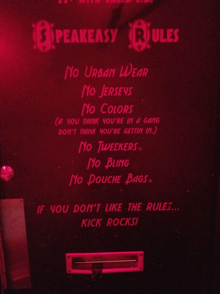 Speakeasy Lounge: 928 12th St, Modesto, CA