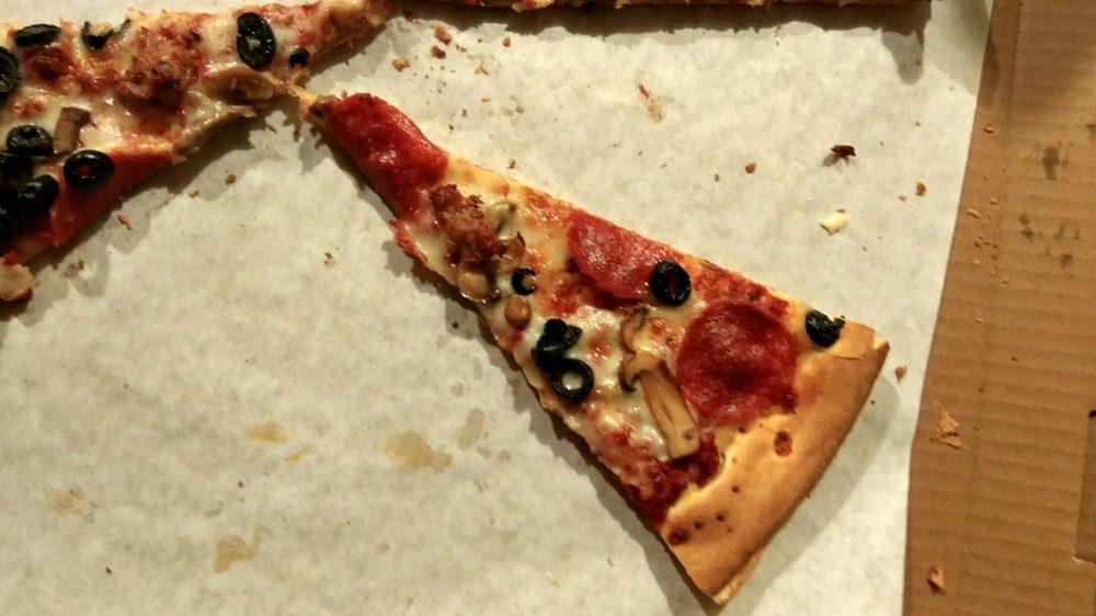 Cousimano's Pizza & Italian Delicatessen: 3843 Tweedy Blvd, South Gate, CA