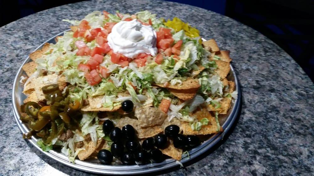 Johnnie's Bar & Grill: 3904 W Jefferson Ave, Ecorse, MI