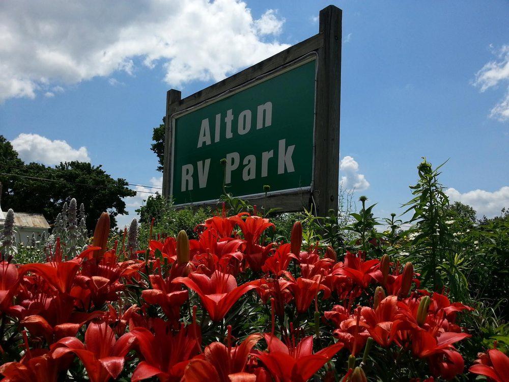 Alton RV Park: 6552 W Broad St, Galloway, OH