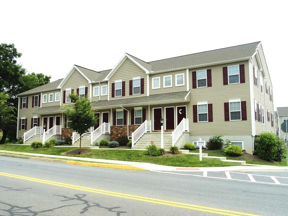 Wolf & Kline Property Management: 1018 Main St, Akron, PA