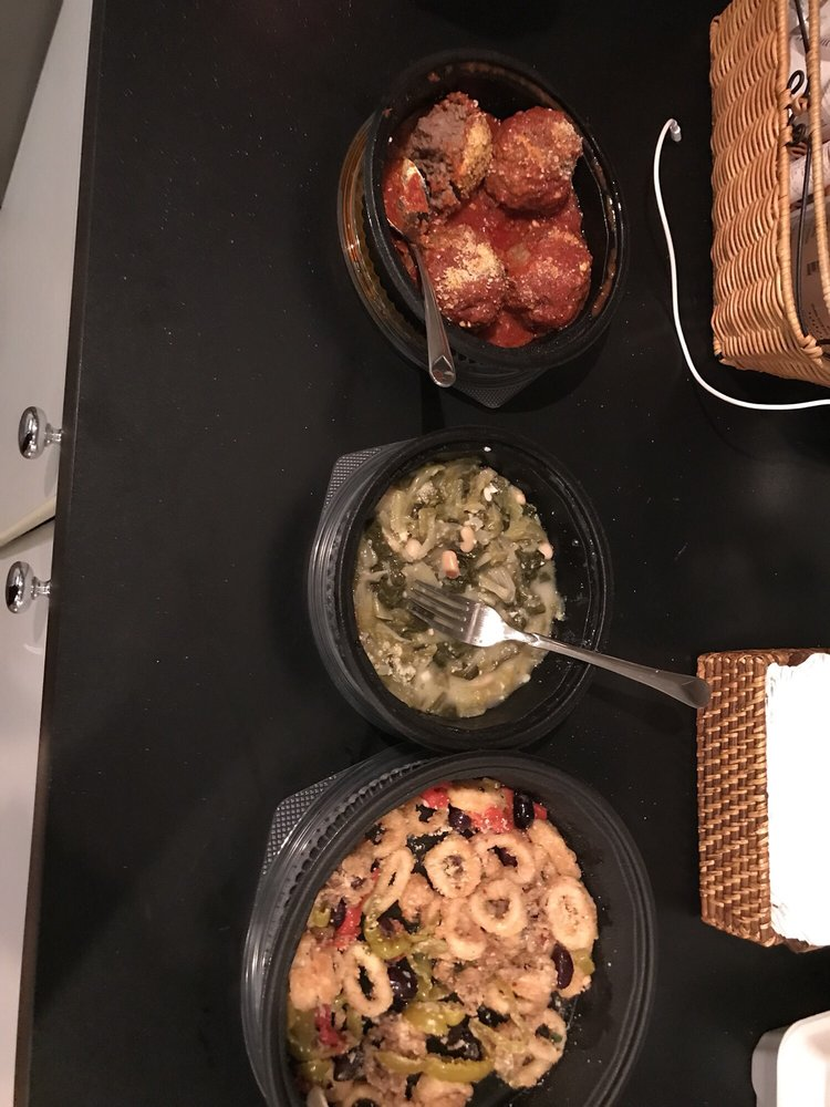 Bella Pasta: 2500 Ridgeway Ave, Greece, NY