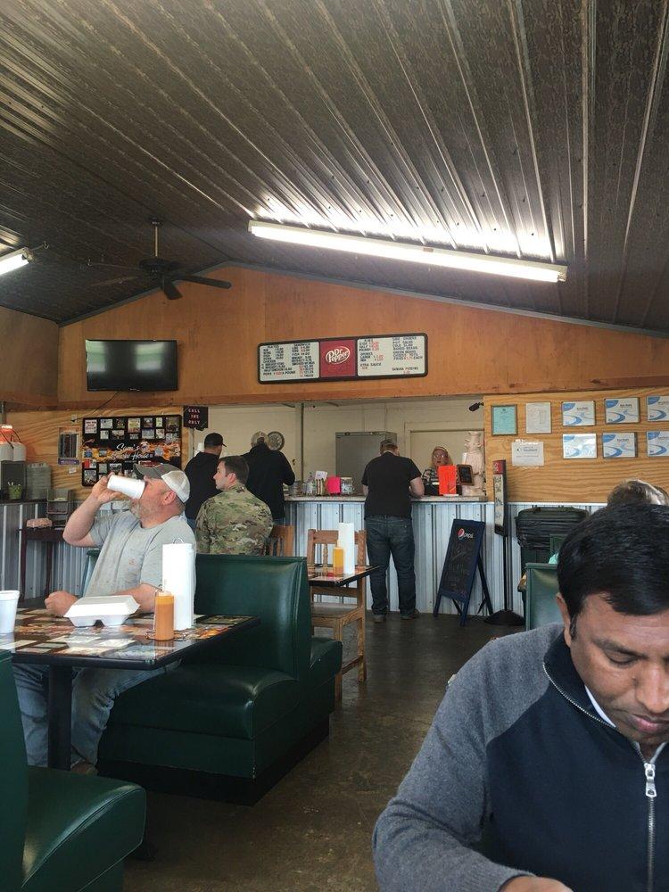Sam's Smokehouse: 460 Columbus St E, Fayette, AL