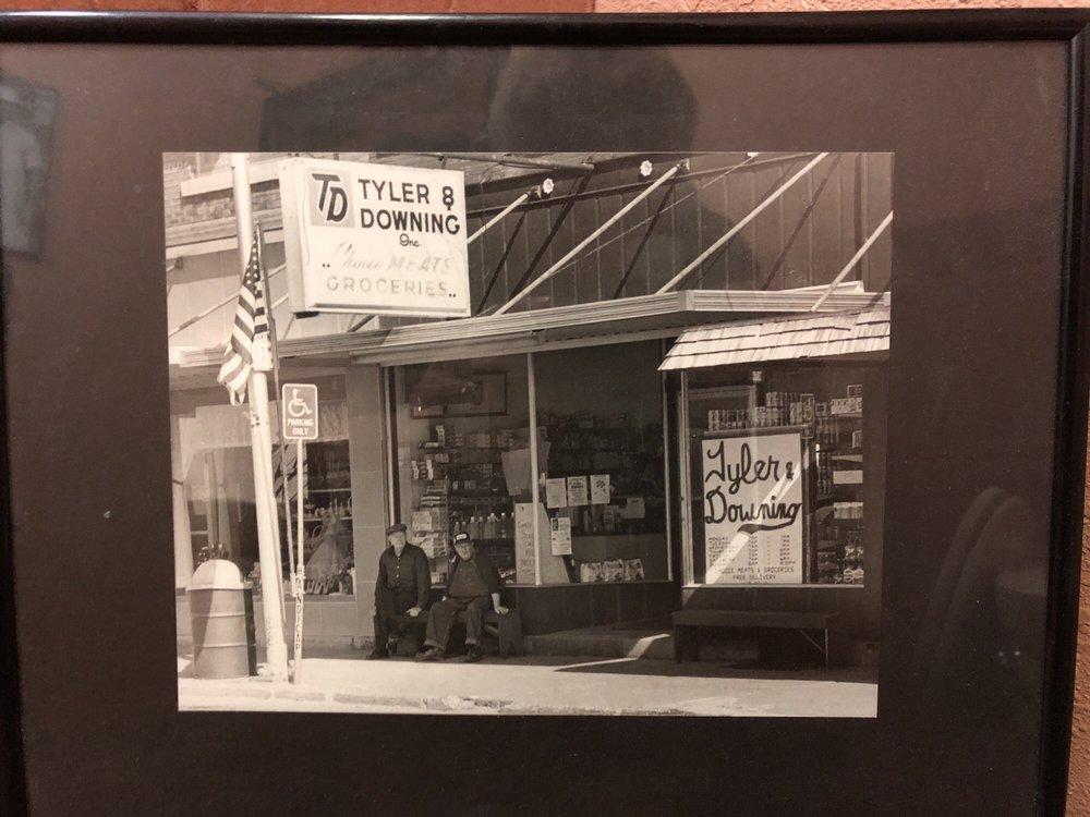 Tyler & Downing's Eatery: 122 E Main St, Anamosa, IA