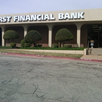 First Financial Bank Banks Credit Unions 1345 Barrow St