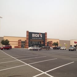 A new Dick's Sporting Goods Inc. retail store is planned in the Northpointe Plaza shopping center in a former Sports Authority site, at N. Newport Highway, a building permit application filed with the city of Spokane indicates.