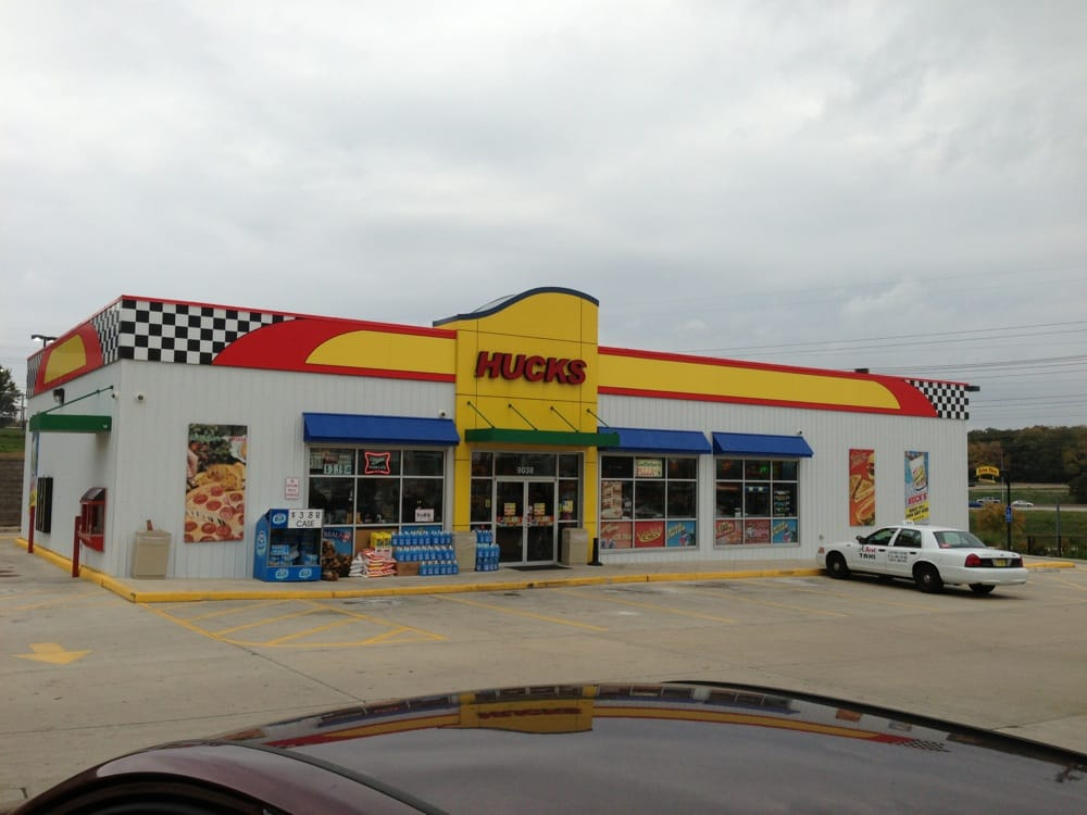 Huck's Food and Fuel: 10500 Natural Bridge Rd, Saint Louis, MO
