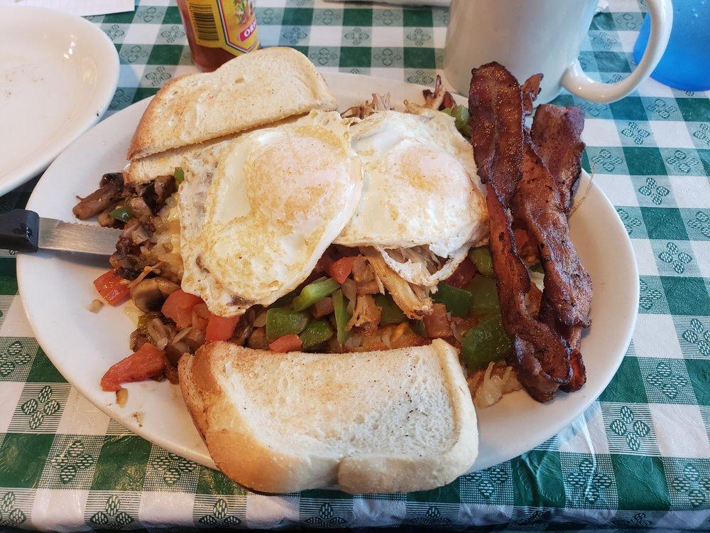 Lisa's Radial Cafe: 817 N 40th St, Omaha, NE