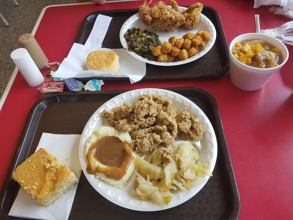 Dallas Famous Chicken: 1101 E Williams St, Apex, NC