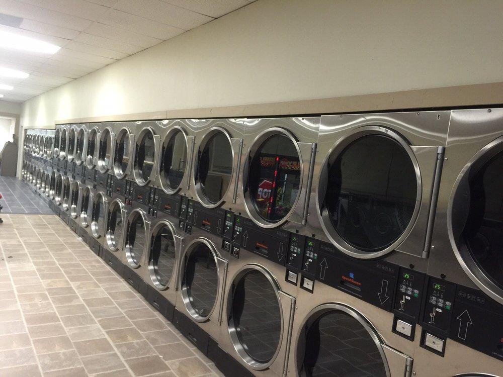 A-1 Coin Laundry: 4301 Veterans Pkwy, Columbus, GA