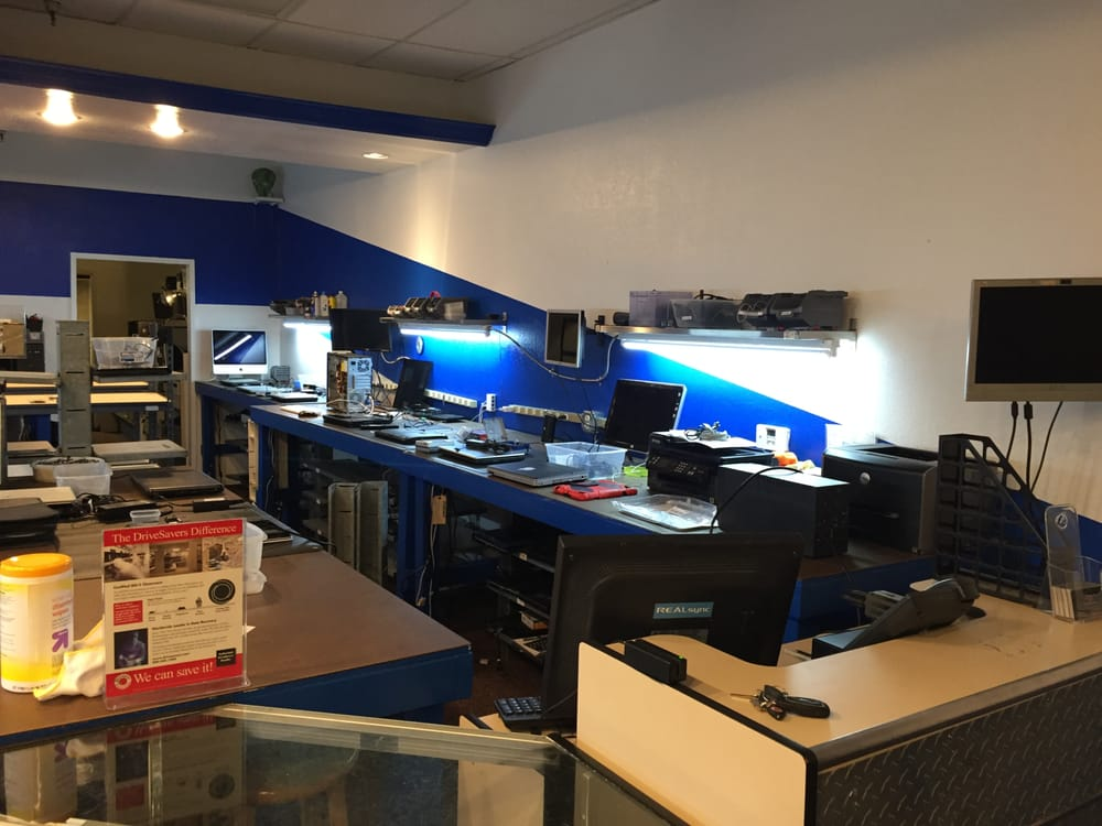 PC Repair Center Tech Space
