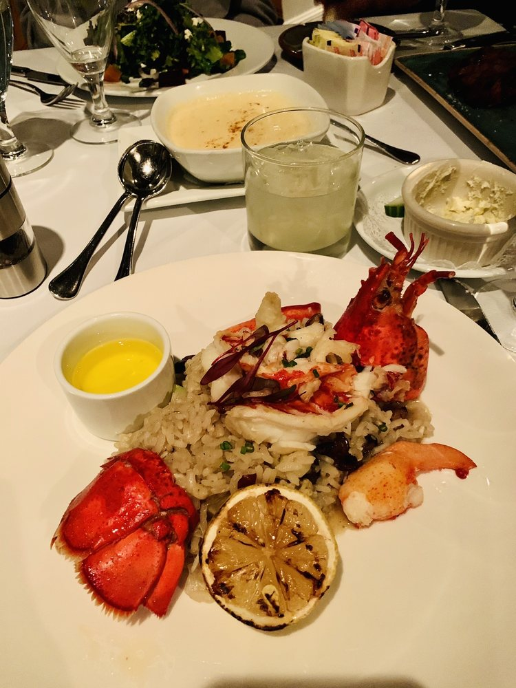 O'Learys Seafood Restaurant: 310 3rd St, Annapolis, MD