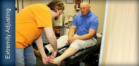 Schroeder Chiropractic: 207 E Wall St, Harrisonville, MO