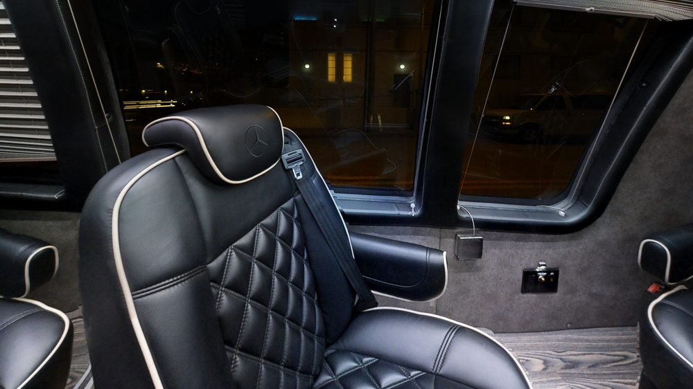 Mayfair Limousine Service: 341 Larkfield Rd, East Northport, NY