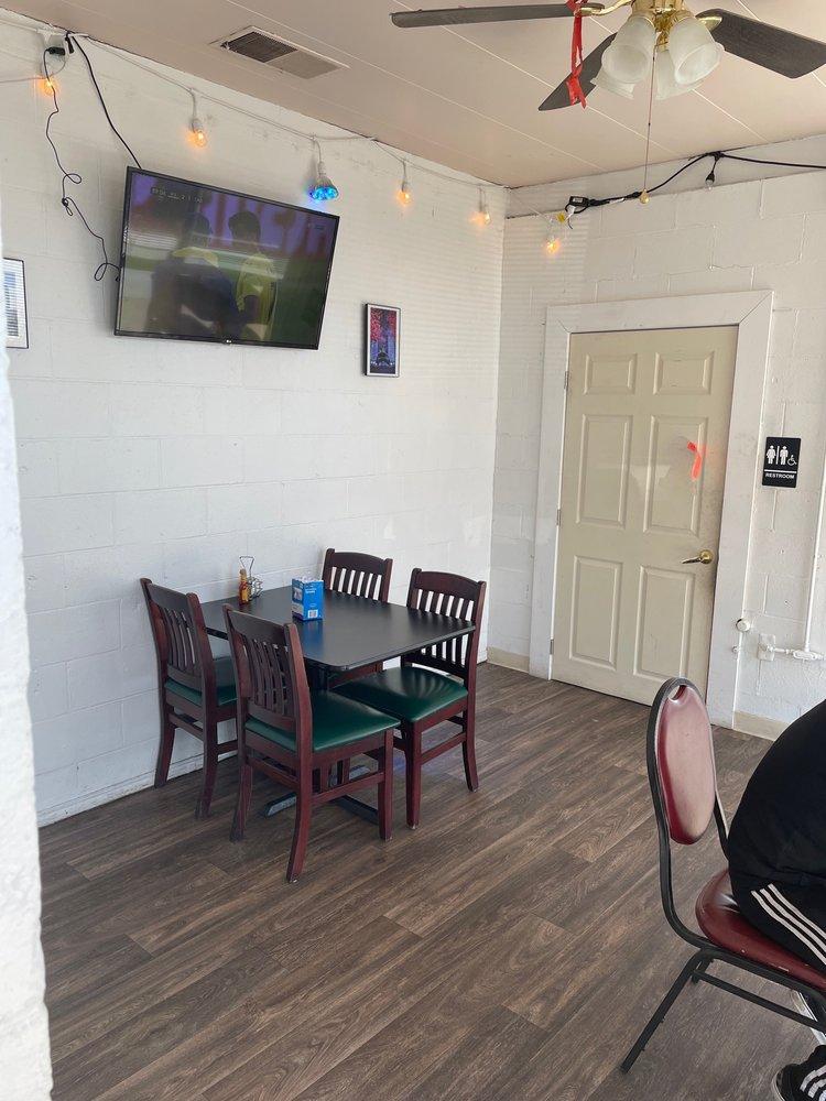Taqueria EL Exito: 101 N Wooster Ave, Dover, OH
