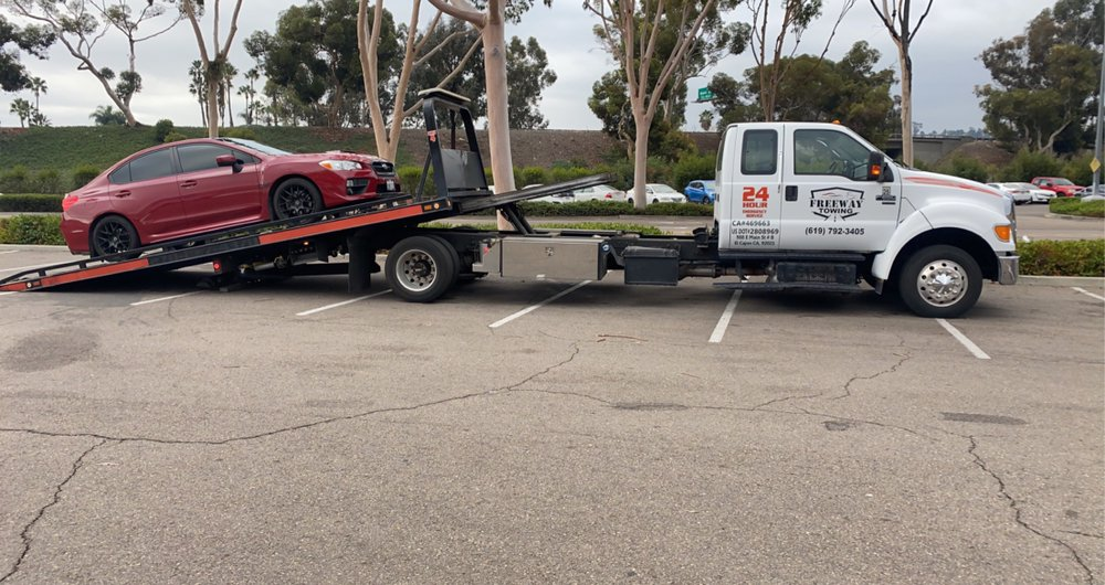 Towing business in Bostonia, CA
