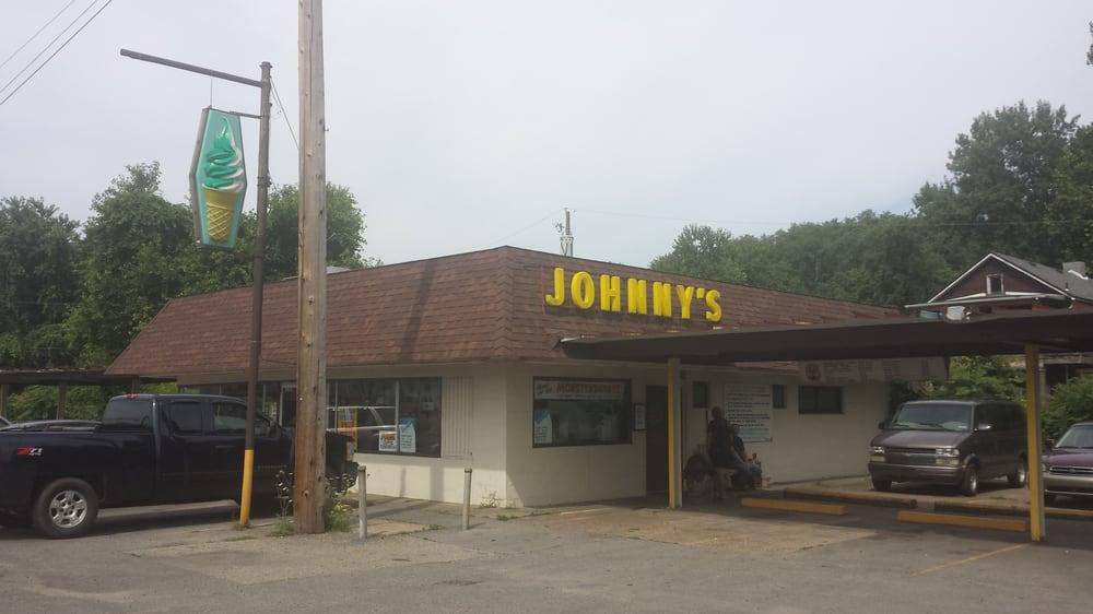 Johnny's Drive In: Rt 837, West Elizabeth, PA