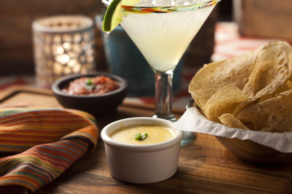 Carlos O'kelly's Mexican Cafe: 6507 University Ave, Cedar Falls, IA