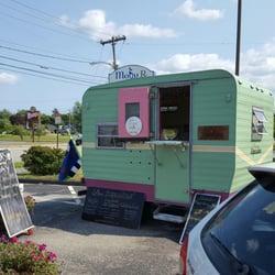Love Cupcakes 13 Reviews Food Trucks 48 Us 1 Deering Center