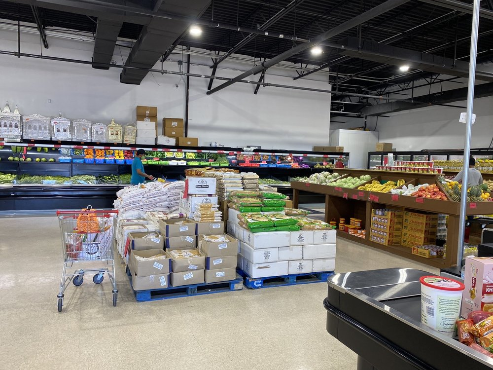 Jay Hind Grocery: 1941 S Hurstbourne Pkwy, Louisville, KY