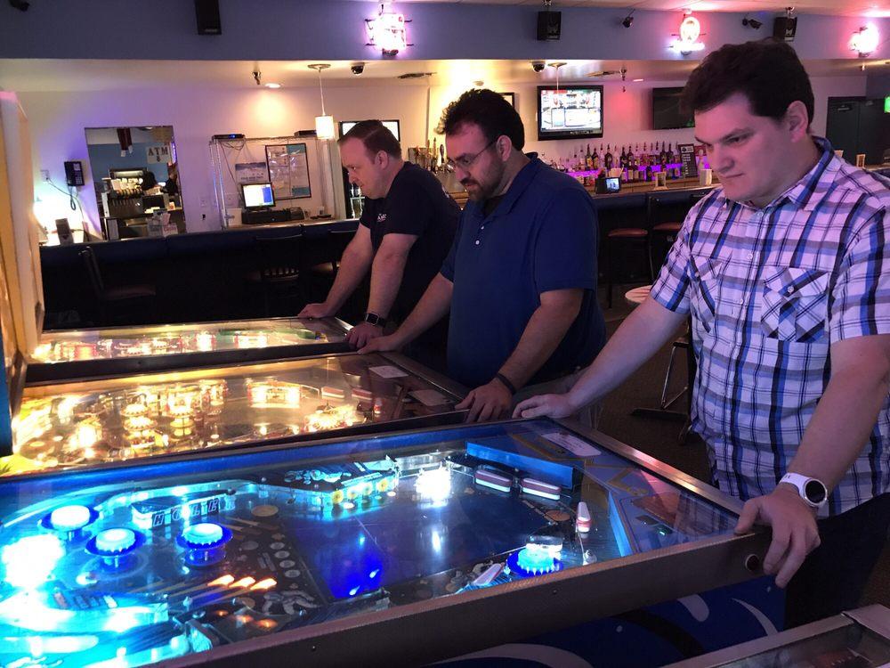 The Pinball Lounge: 376 E Broadway St, Oviedo, FL
