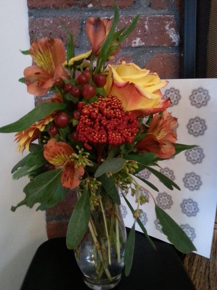 Royal Bouquet: 254 Wallace Rd, Bedford, NH