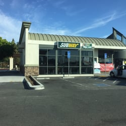 Subway 17 Reviews Sandwiches 2950 Auto Mall Pkwy Fremont Ca
