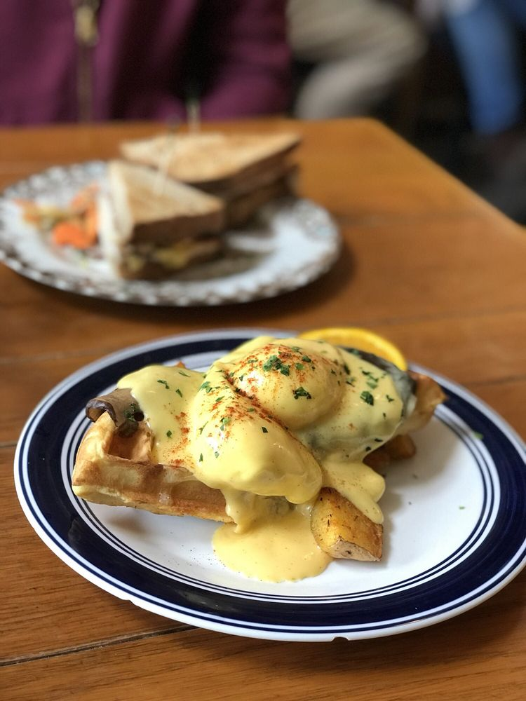Photo of The Mount Bakery Cafe: Bellingham, WA