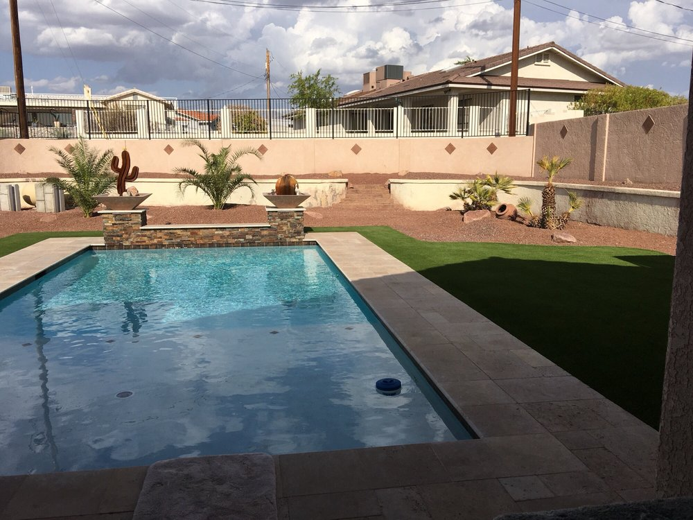 Garitee Landscapes and Bobcat Service: Lake Havasu City, AZ