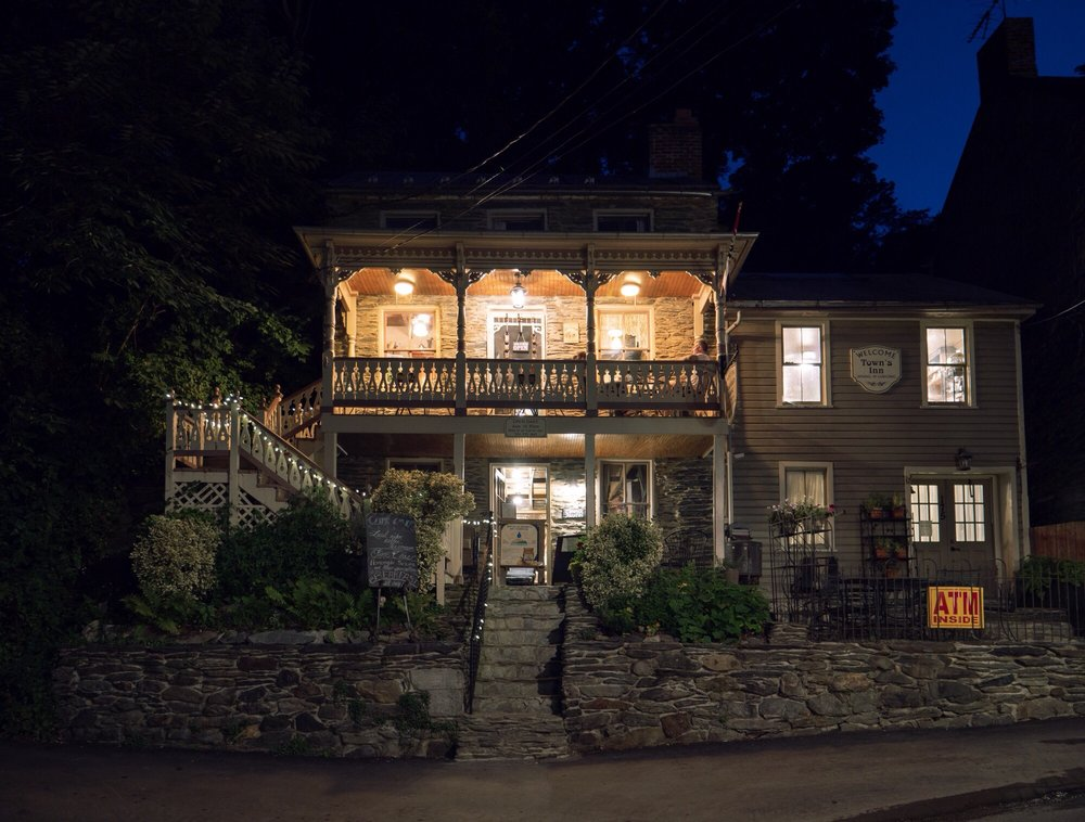 The Town's Inn: 179 High St, Harpers Ferry, WV