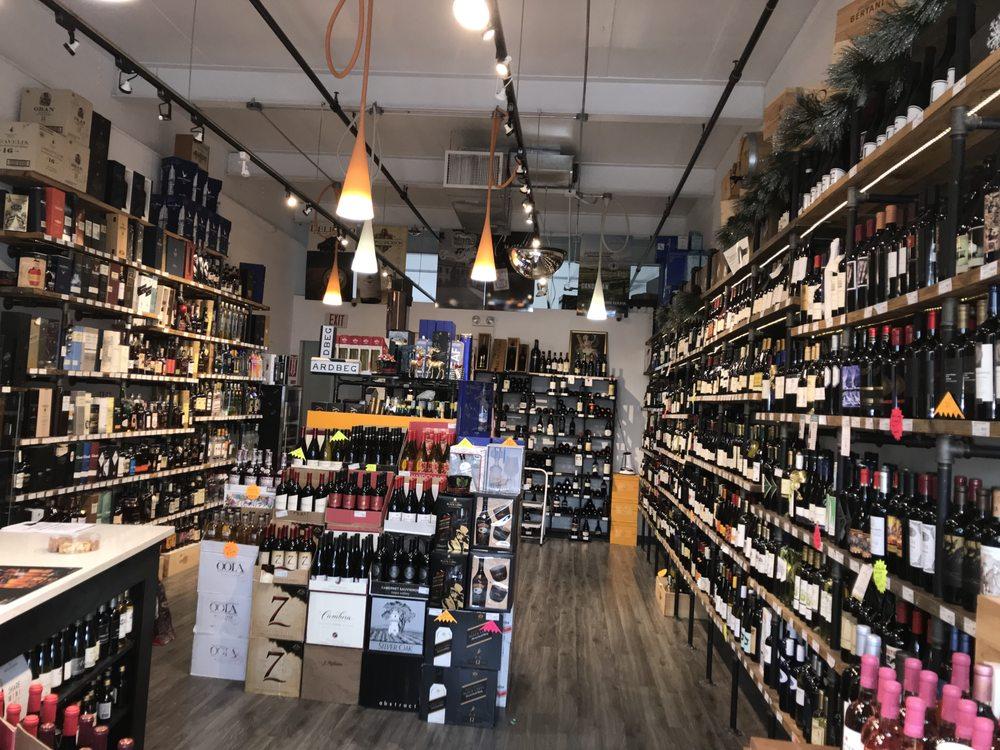Wines Etc: 217 Mineola Ave, Roslyn Heights, NY