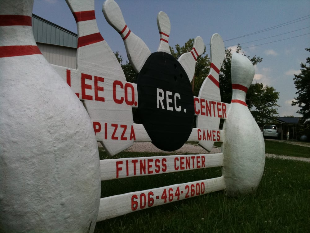 Lee County Recreational Center: 1952 Old Highway 11, Beattyville, KY