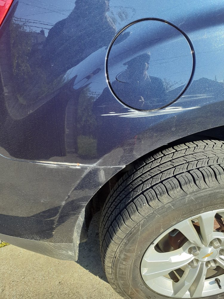 Mayfield-Brainard Collision & Paint: 5608 Mayfield Rd, Lyndhurst, OH