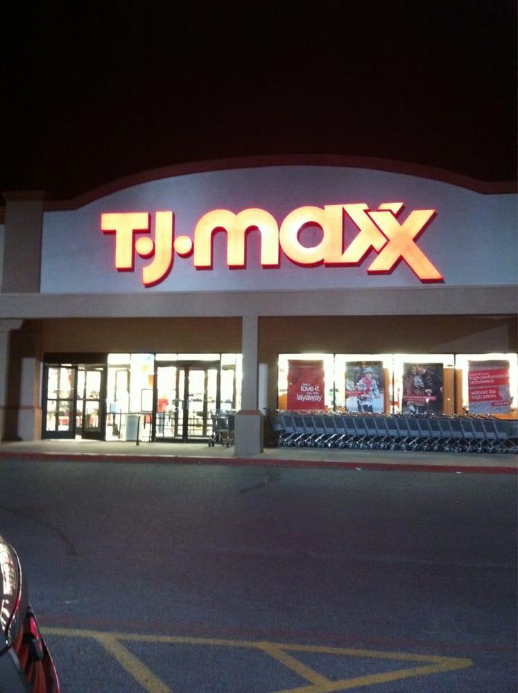 Tj Maxx: 7020 Quaker Ave, Lubbock, TX