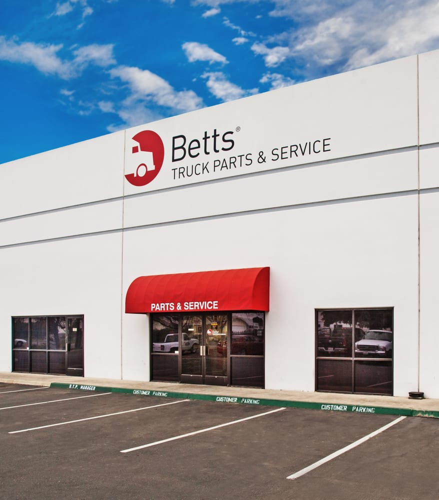 Betts Truck Parts & Service: 2867 S Maple Ave, Fresno, CA