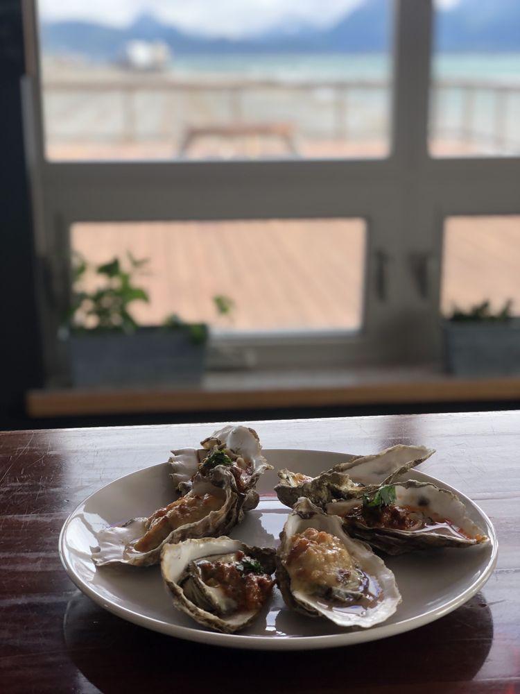 Broken Oar Oyster Bar: 3851 Homer Spit Rd, Homer, AK