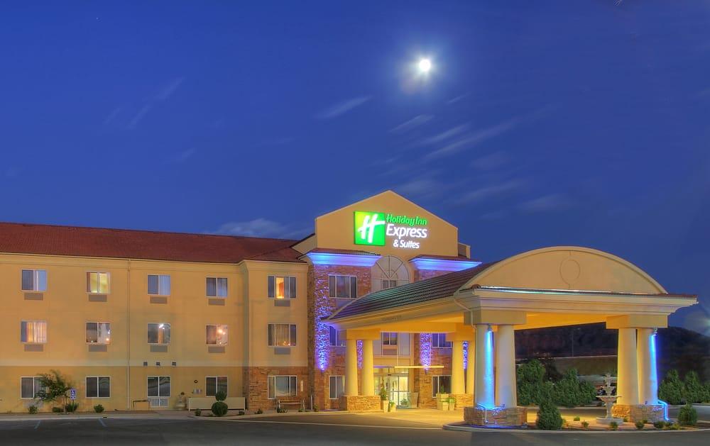 Holiday Inn Express & Suites Tucumcari: 2624 S Adams St, Tucumcari, NM