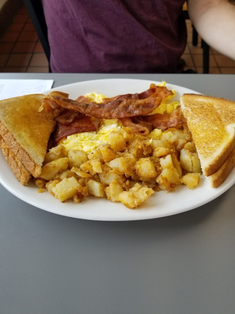Ted's Luncheonette: 1201 Clearwater Largo Rd N, Largo, FL