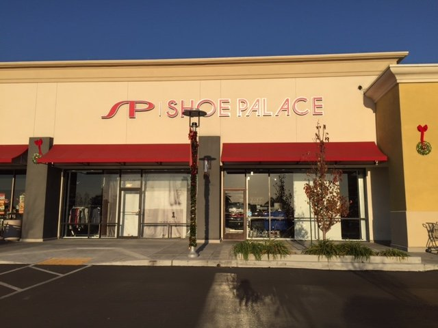 Shoe Palace: 378 N Capitol Ave, San Jose, CA
