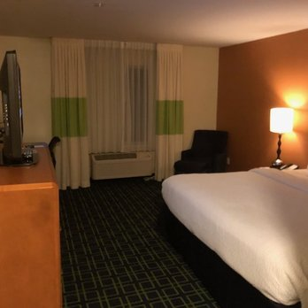 Fairfield Inn & Suites Seattle Bellevue/Redmond - 50 Photos