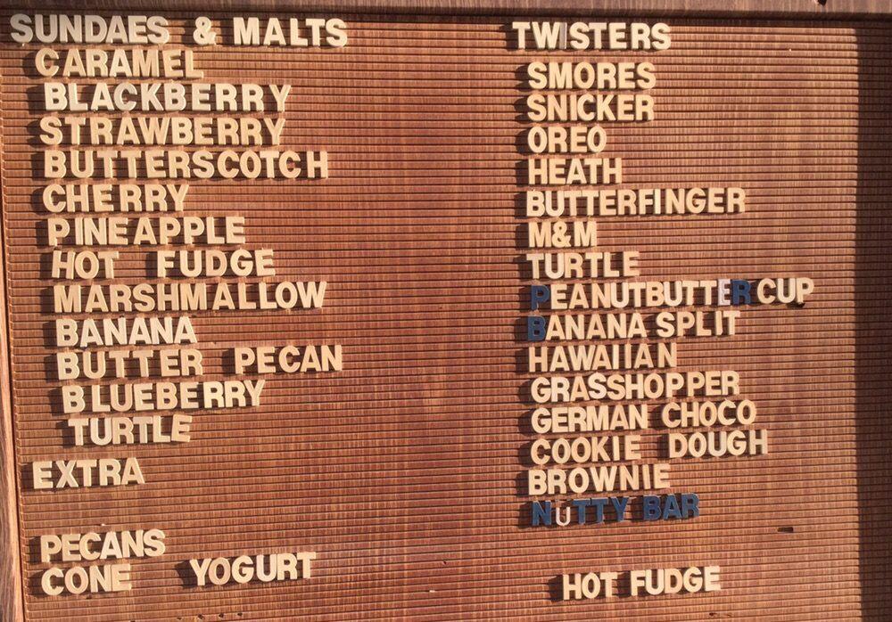 Snack Shack : 906 S Clinton St, Albia, IA