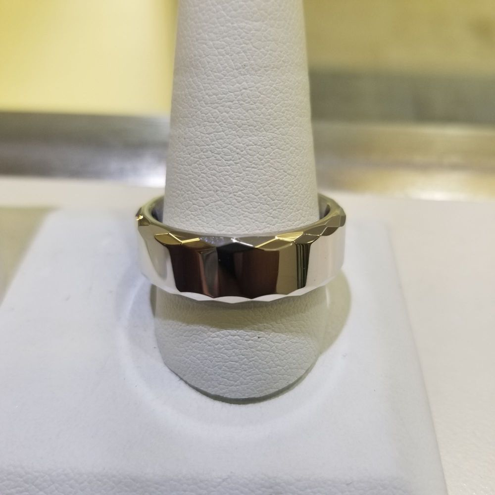 Elegant Jewelers