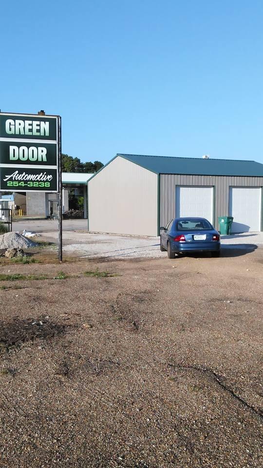 Green Door Automotive: 321 Ozark St, Cabool, MO