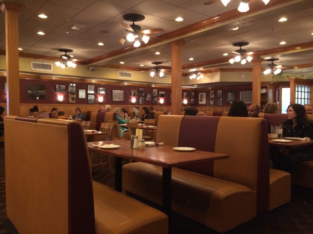 Restaurants Near Framingham