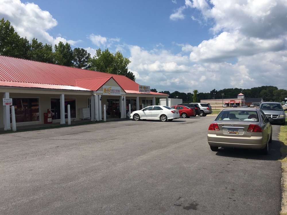 Christian Thrift Shop: 121 N White St, Lancaster, SC