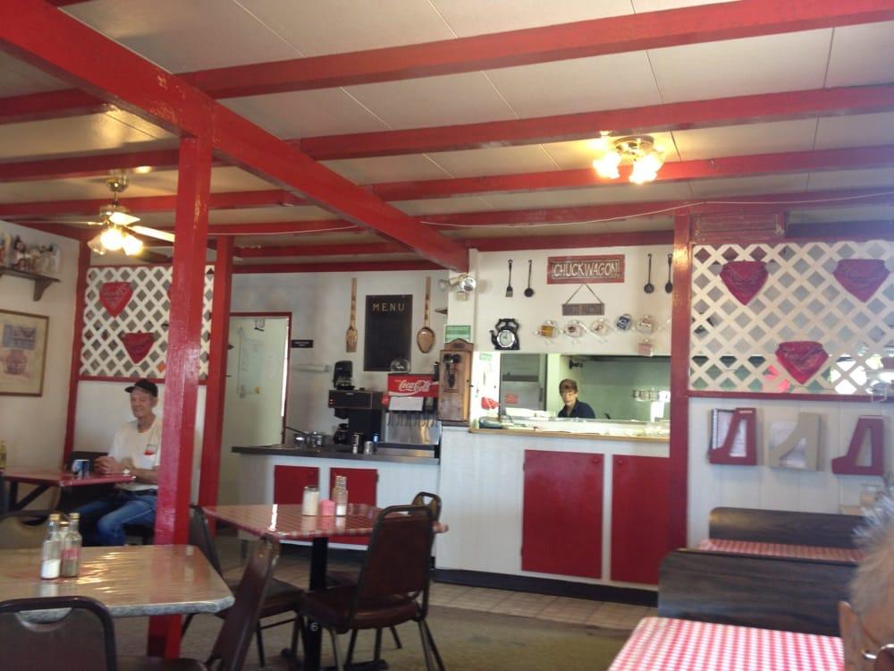 B&B Pizza & Cafe: 16064 Pierce Ferry Rd, Dolan Springs, AZ