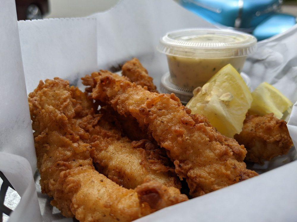 Gualala Seafood Shack: 38820 S Highway 1, Gualala, CA