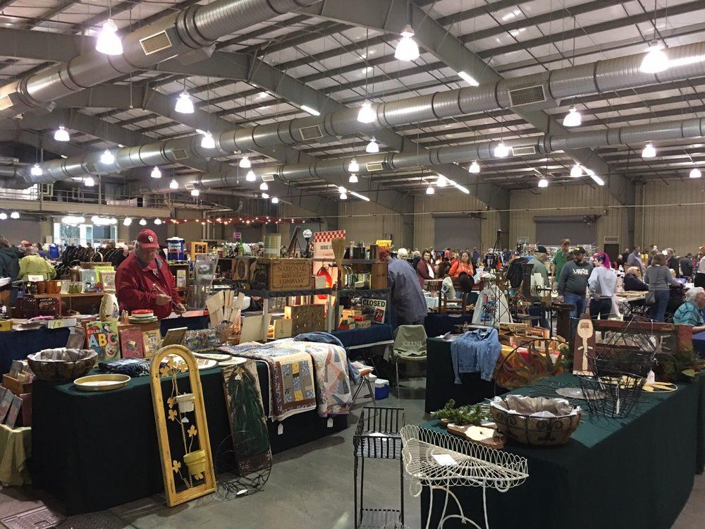 Tulsa Flea Market: Tulsa Fairgrounds 21, Tulsa, OK