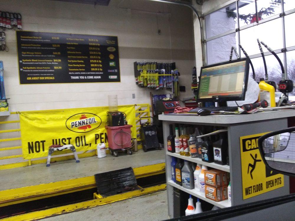 Eastpointe Oil Change Center: 17830 E 9 Mile Rd, Eastpointe, MI