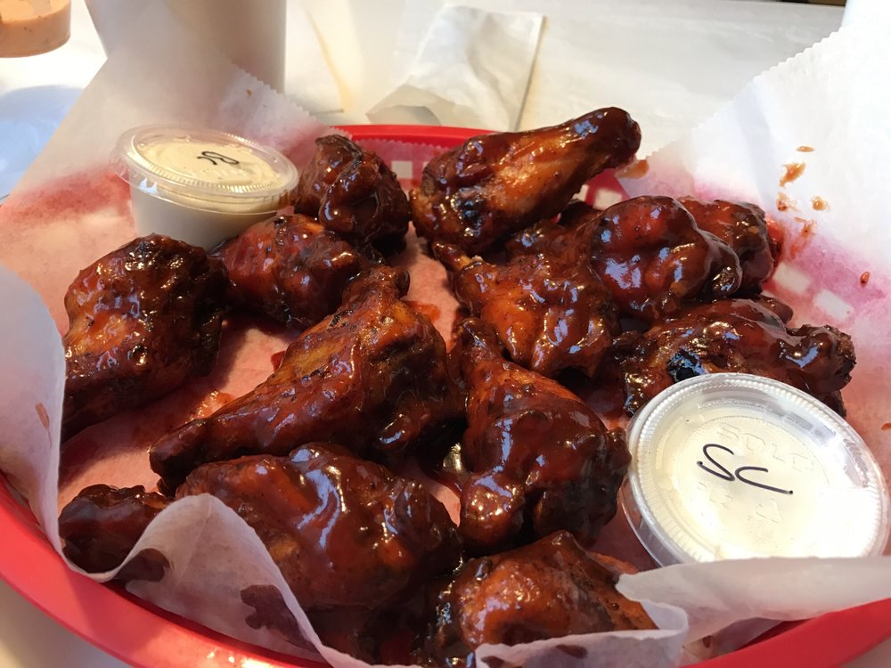 Chubby's Barbeque: 16430 Old Frederick Rd, Emmitsburg, MD